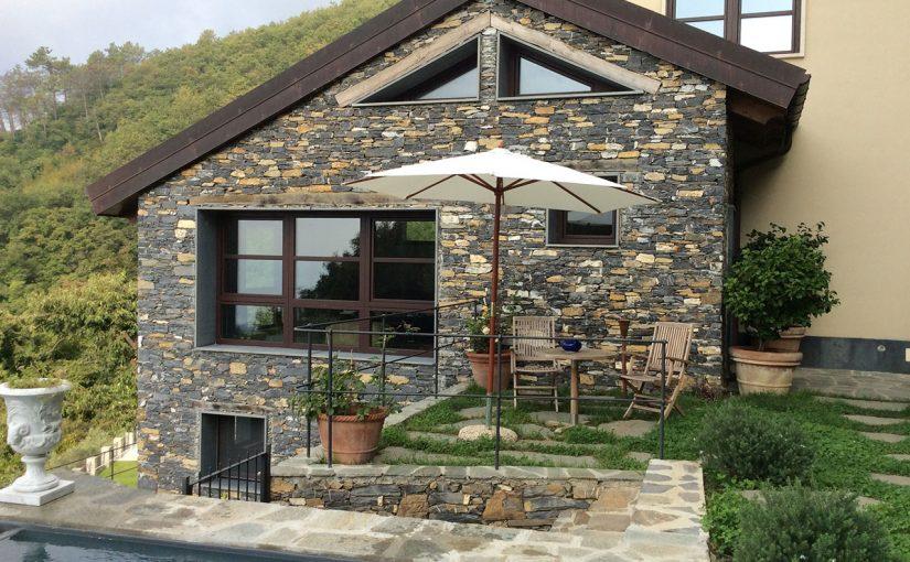Case Di Pietra E Legno : Pelle di pietra e cuore di legno: una finestra sul mare casa